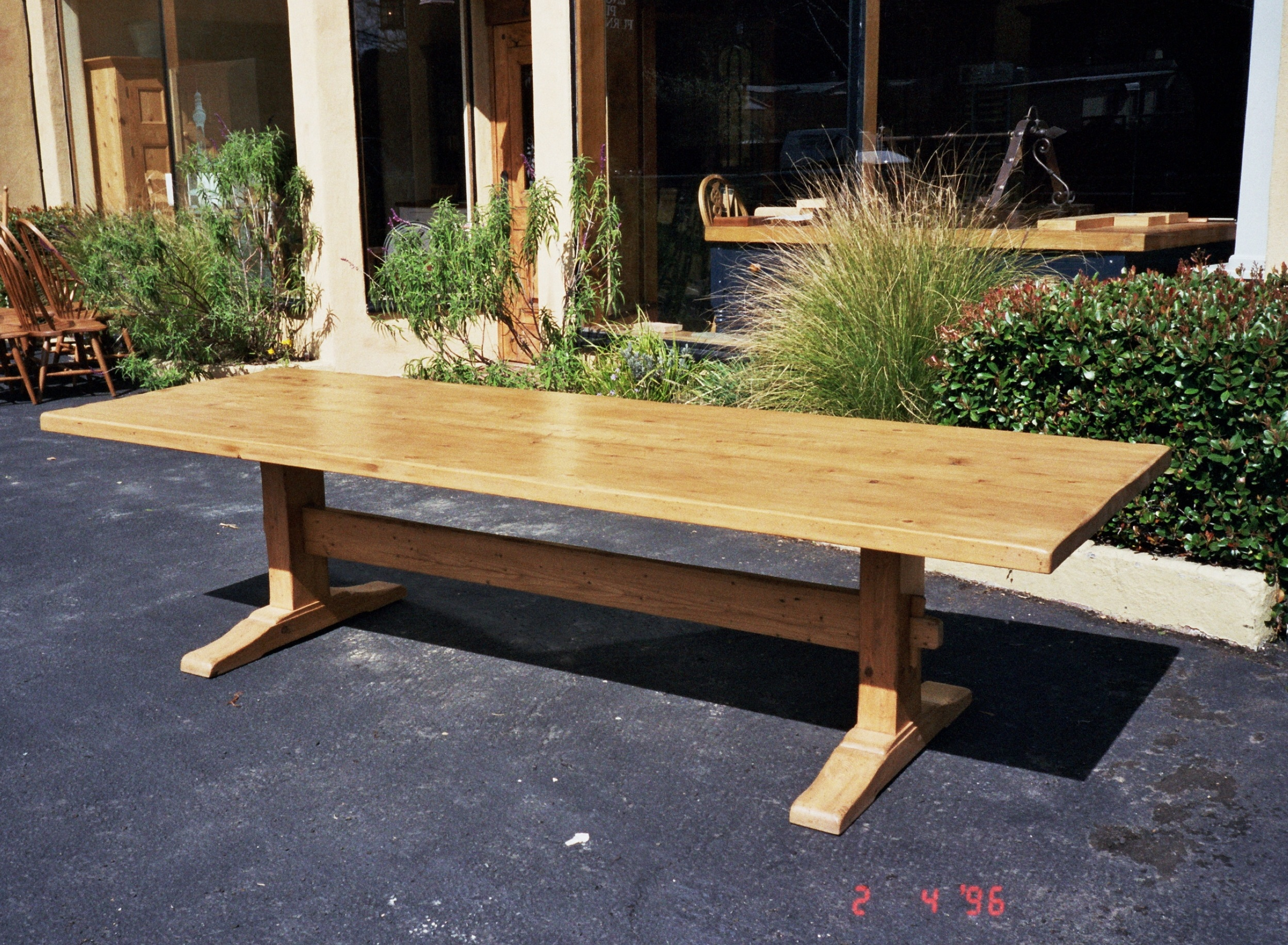 Table dining table 106